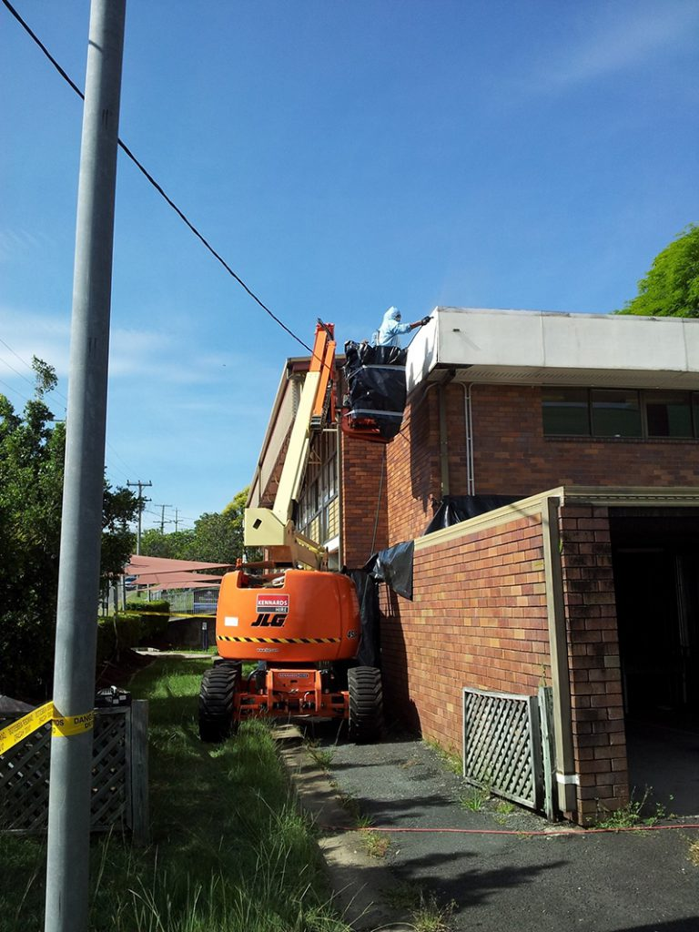 bonded asbestos removal from building